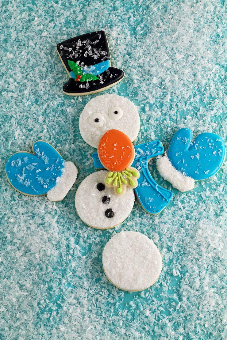Cómo hacer las galletas del muñeco de nieve simples que Necesitas Ayuda www.thebearfootbaker.com