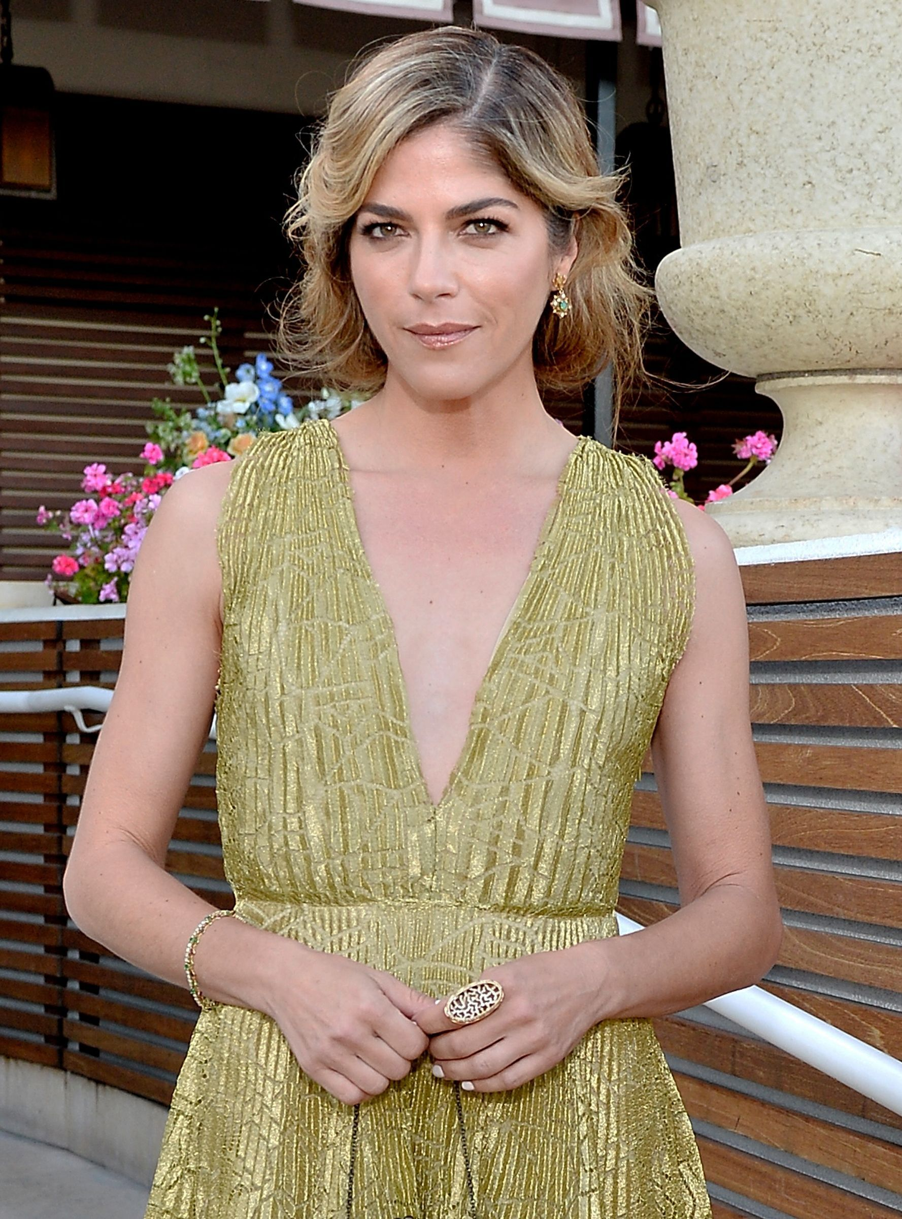 Selma Blair Reveals Ms Diagnosis After Years Of Not Being Taken Seriously Selma Blair Selma Multiple Sclerosis