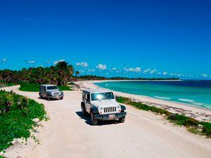 Jeep Safari. Podrás disfrutar de manejar un cómodo y seguro Jeep Patriot en la costa de la biosfera de Sian Ka´an, apreciando el maravilloso paisaje lleno de flora y fauna que Sian Ka´an ofrece.