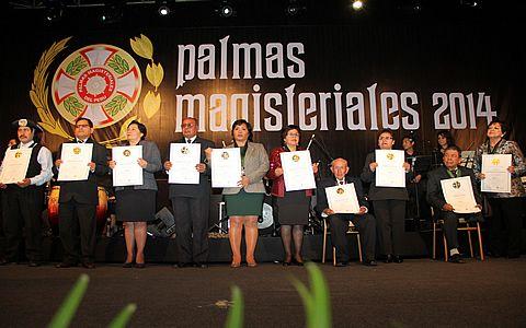 El lunes 4 de mayo vence el plazo para presentar candidatos a Palmas Magisteriales 2015 | MINEDU