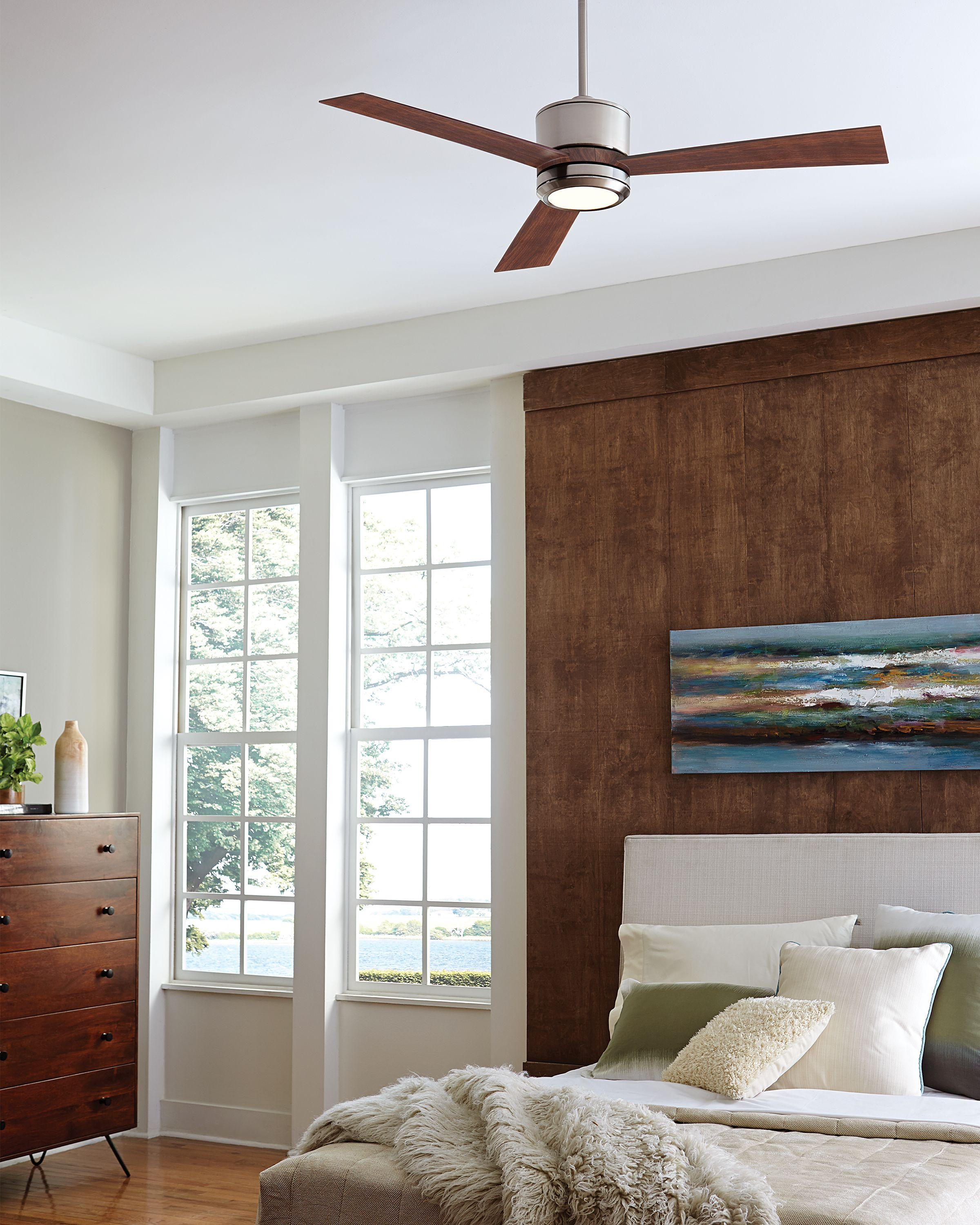 Similar to the popular Clarity hugger ceiling fan series the