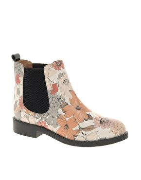 loving floral shoes, loving chelsea boots . . . here's a good combo