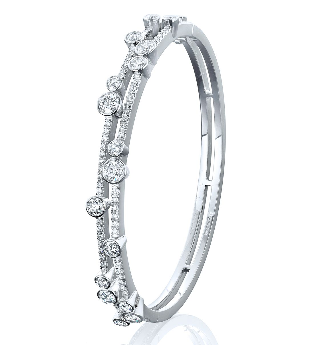An impressive, elegant bangle from Boodles' Waterfall collection featuring 3.32ct of round-brilliant cut diamonds in platinum.