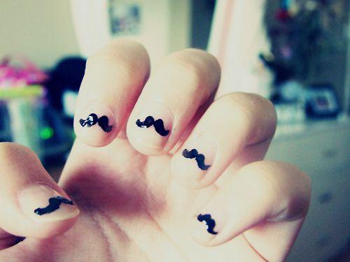 moostache nails