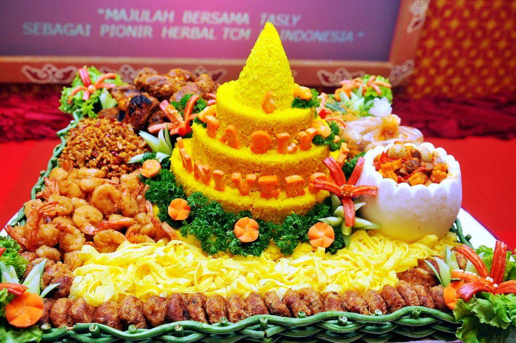 Nasi tumpeng tasly 6th anniversary tasly 6th anniversary