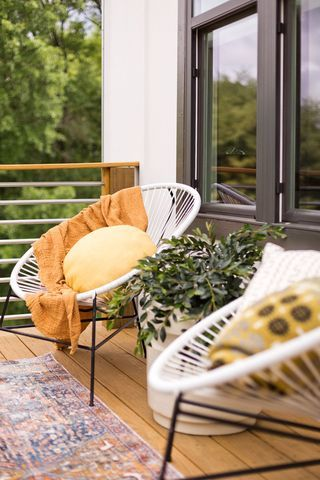 how to add balcony to the house