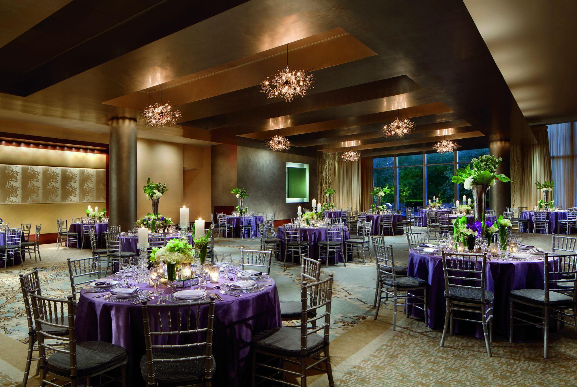 2 Avery St 32EF, Boston, MA 02111 · Ritz-Carlton
