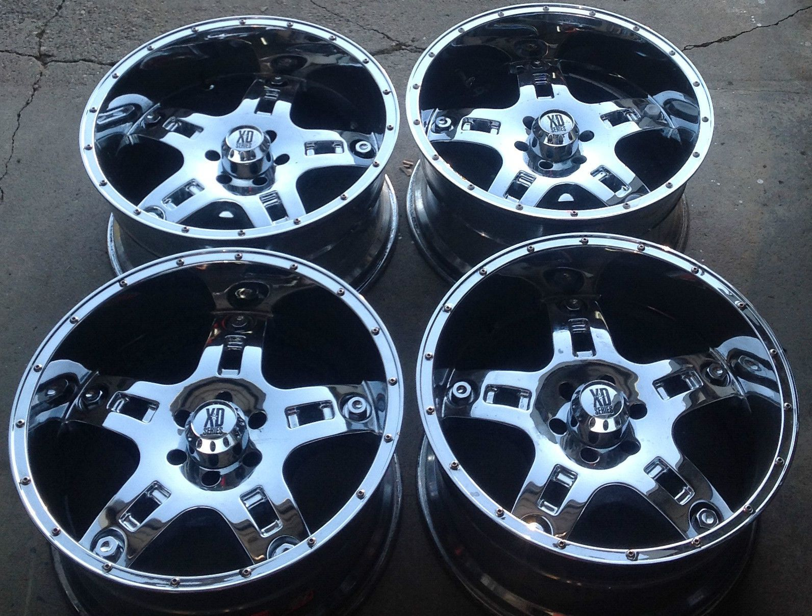 Set   Xd Series Chrome Wheel X X Balzac Lifted Ford Lincoln Custom