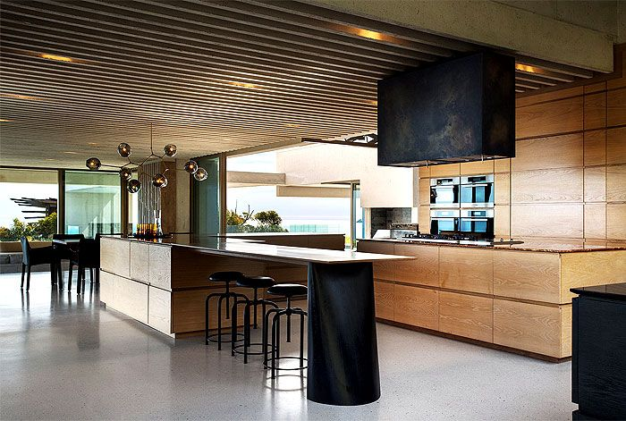 Amazing South African Mansion By SAOTA Architects Romantic Mansion Kitchen