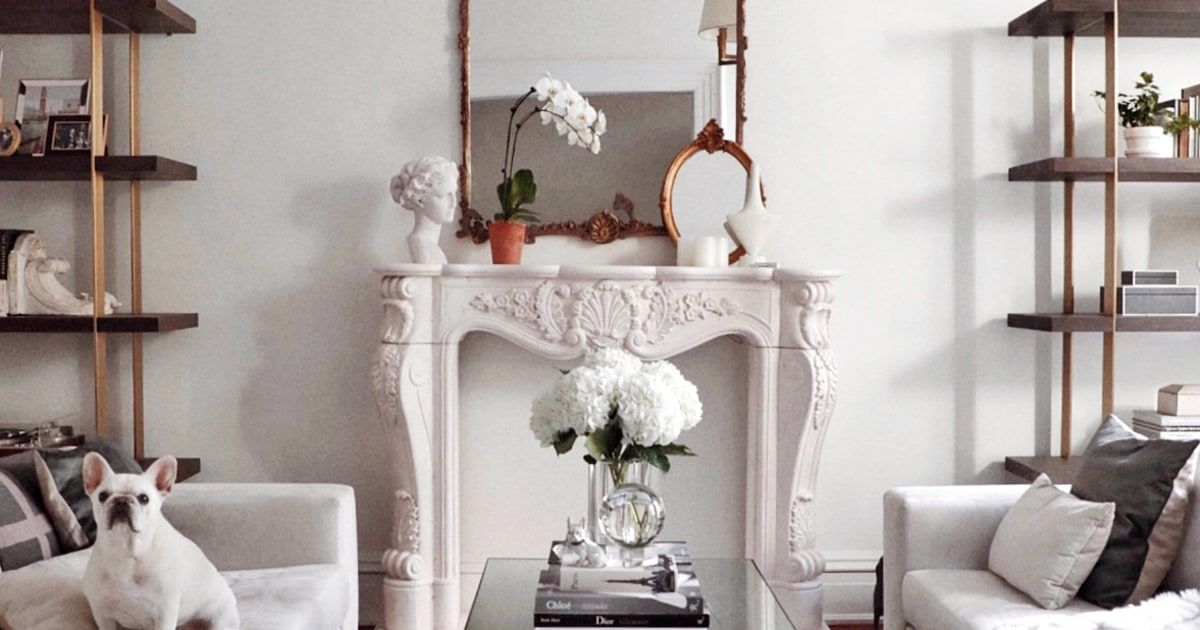 This Faux Mantel DIY Is the Key to a Parisian-Style Space #parisianstyle