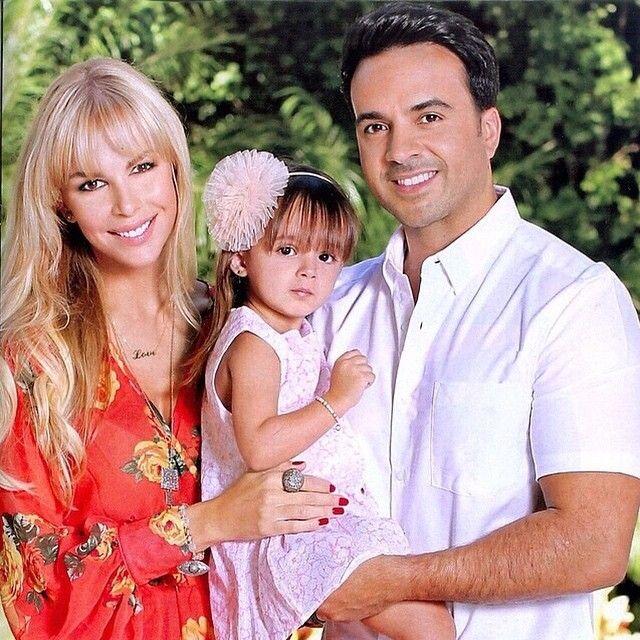 Revista Hola Mexico Noviembre 2014 Agueda Lopez Luis Fonsi Y Su