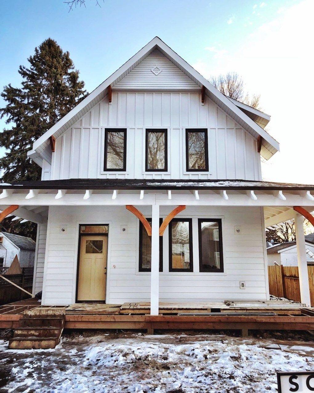20 Best Farmhouse Exterior Ideas Board And Batten Siding Blog In 2020 Farmhouse Exterior Board And Batten Exterior House Exterior