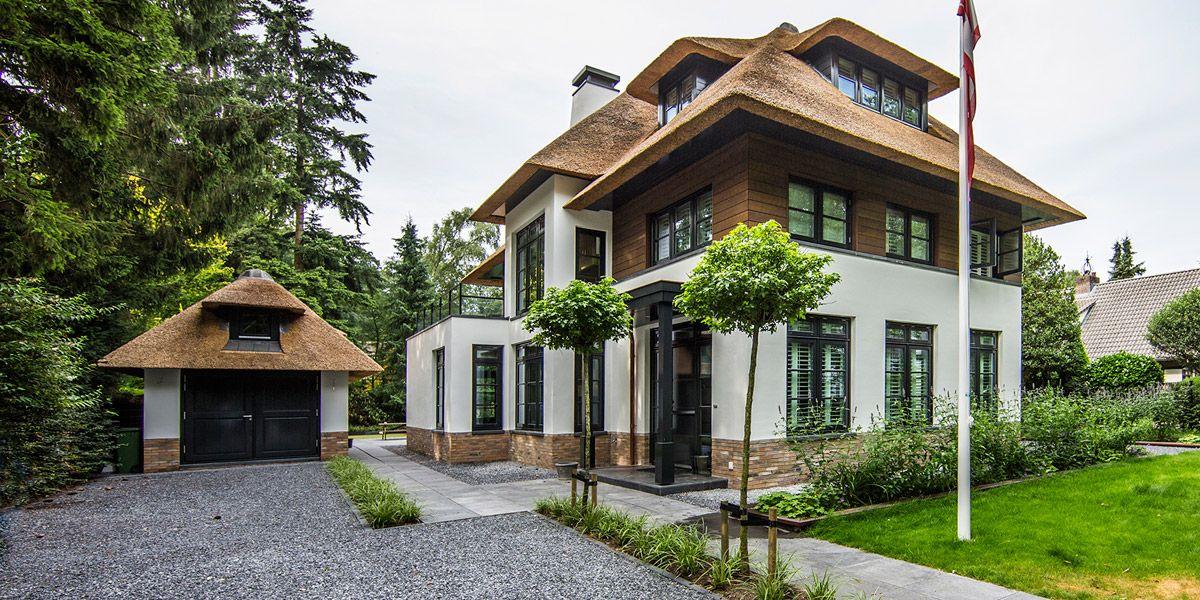 Rietgedekte landelijke villa naarden bijzonder wonen for Landelijke villa bouwen