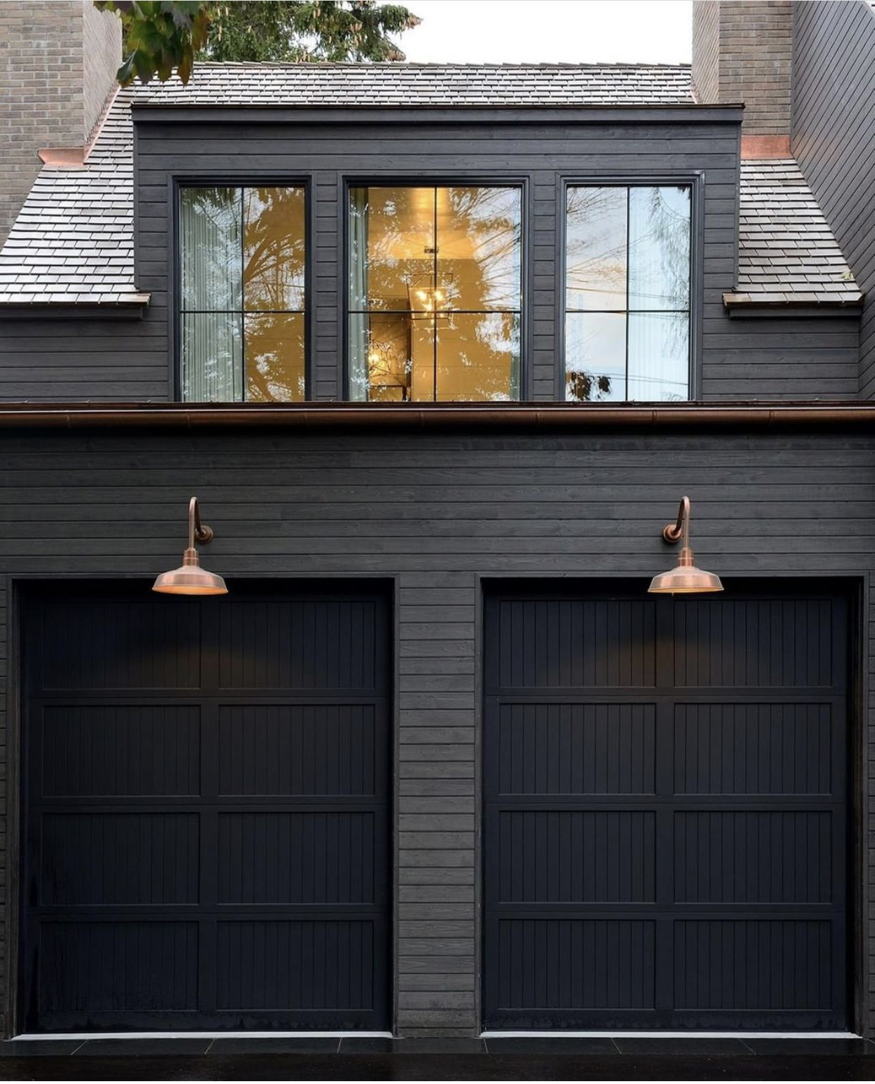 Pin By Tessa Hills On House Home House Exterior Exterior House Colors Black House Exterior