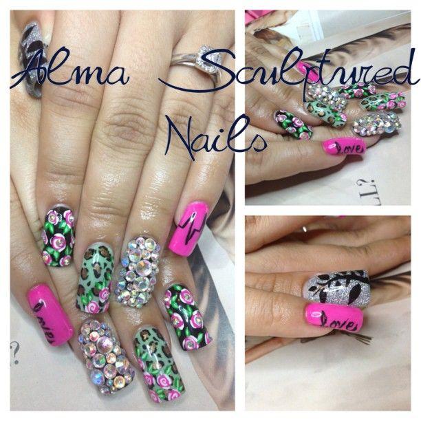 .@nailsbyalma (Alma Sculptured Nails)