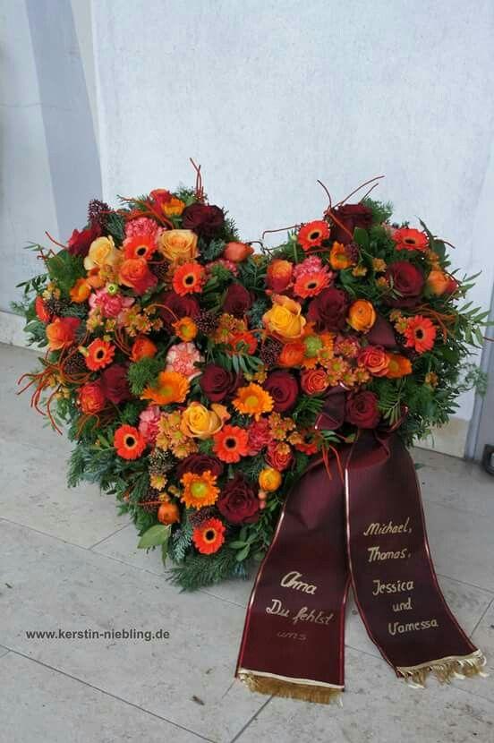 Trauergebinde #friedhofsdekorationenallerheiligen