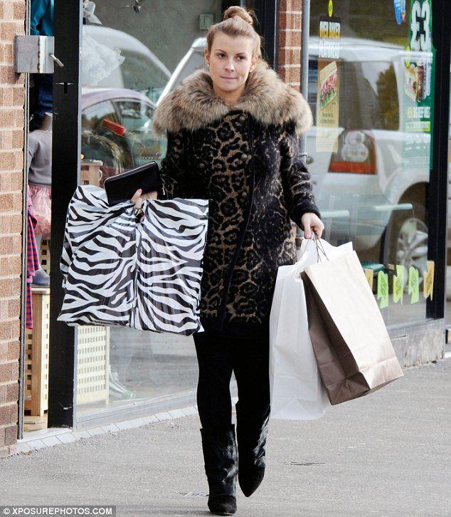 Coleen rooney black puffer coat