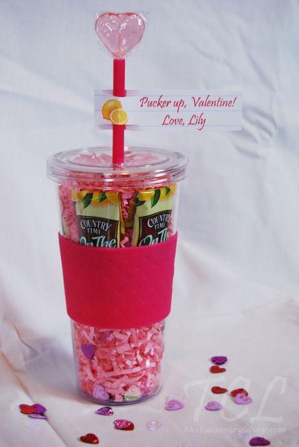 Diy Holiday Teacher Gift Idea Round Up Mama Cheaps Teacher Valentine Gifts Teacher Holiday Gifts Teacher Valentine
