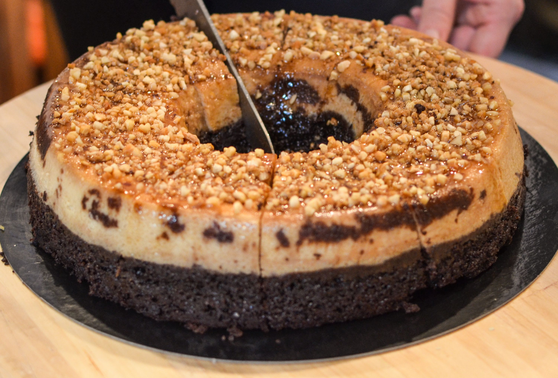 pastel imposible... delicioso y solo nosotros sabemos como hacerlo :) http://amarantobakery.com