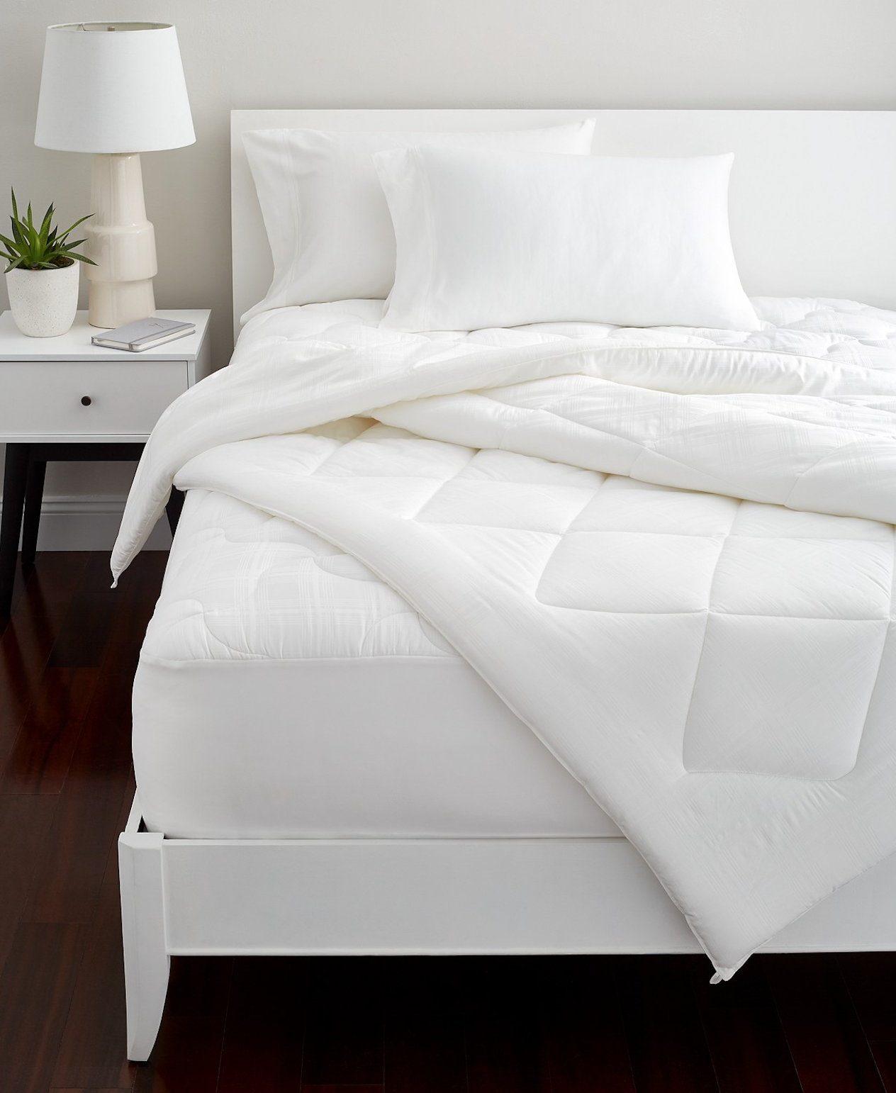 34 Things To Help You Embrace Your Homebody Ness Bed Comforters Cozy Bedroom