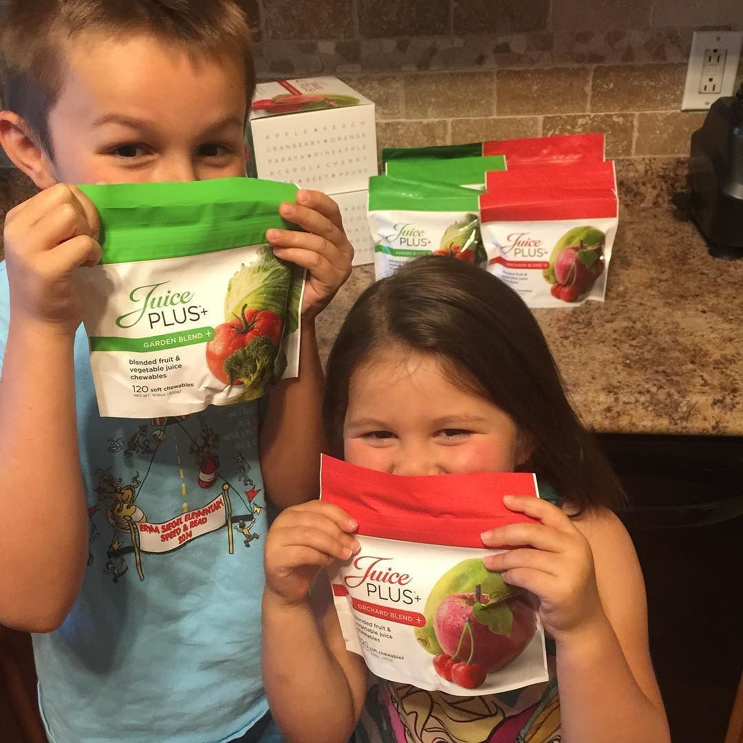 These little hooligans were pretty excited about our package yesterday. As a mom and RD I can't even express how much I love these little red and green gummies!!!  #fruitandveggies #notavitamin #realfood #backedbyscience  #dietitianmom #dietitianlife #registereddietitian #dietitiansofinstagram #nutritionist #nutritiontherapy #wholefood #foodmatters #rdhouse #rdchat #eatmorefruit #eatmoreveggies #letfoodbethymedicine