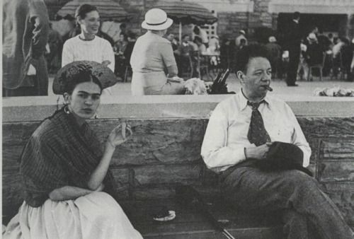Frida and Diego out and about