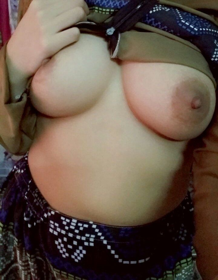 hot-hijab-nude