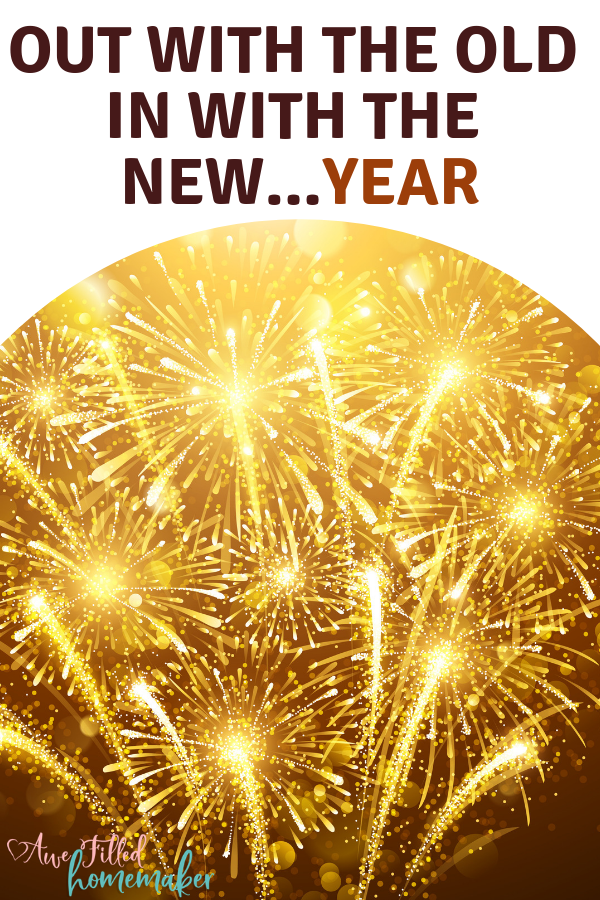 As one year ends, we go out with the old and in with the New. So what was most popular for the year? We go over all that and much more! #NewYear #NewYears #Beginnings #endings #outwiththeold #homemaker