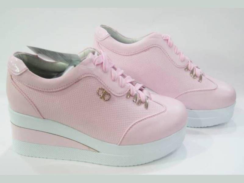 Kinetix Bayan Spor Ayakkabi Modelleri Topuklular Dolgu Topuk Sneaker