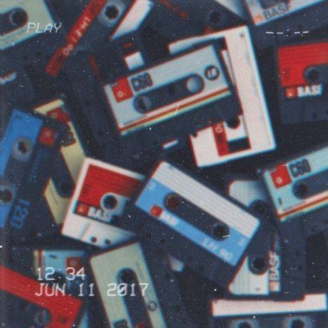 80S Aesthetic Wallpaper