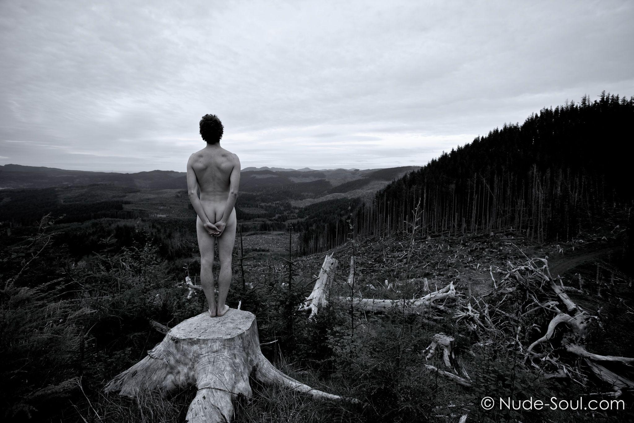 surreal-nude-male-tumblrgirlspics