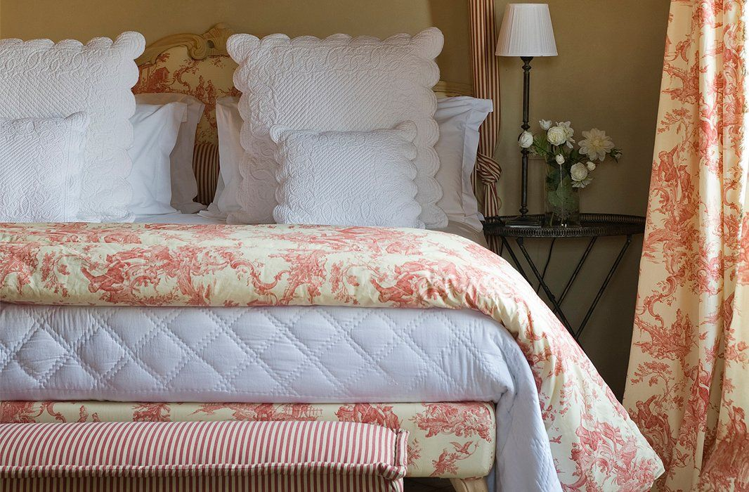 Bedroom Decorating Ideas Totally Toile: 4 Signs You're Totally Smitten With French Country Decor