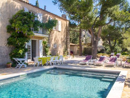 In the beautiful golf domain of Saint Endreol, this charming - location maison avec piscine dans le var