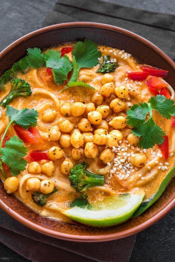 Im Herbst wollen wir Rezepte mit extra viel Eiweiß, denn Protein-Suppen helfen beim Abnehmen und sind gesund.