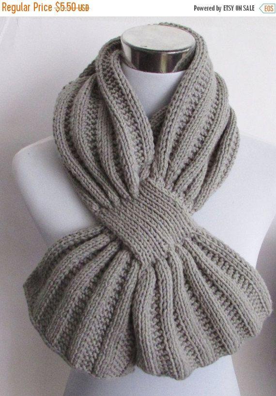 Unisex Keyhole Scarf Knitting Pattern - Men\'s Scarf Knitting Pattern ...