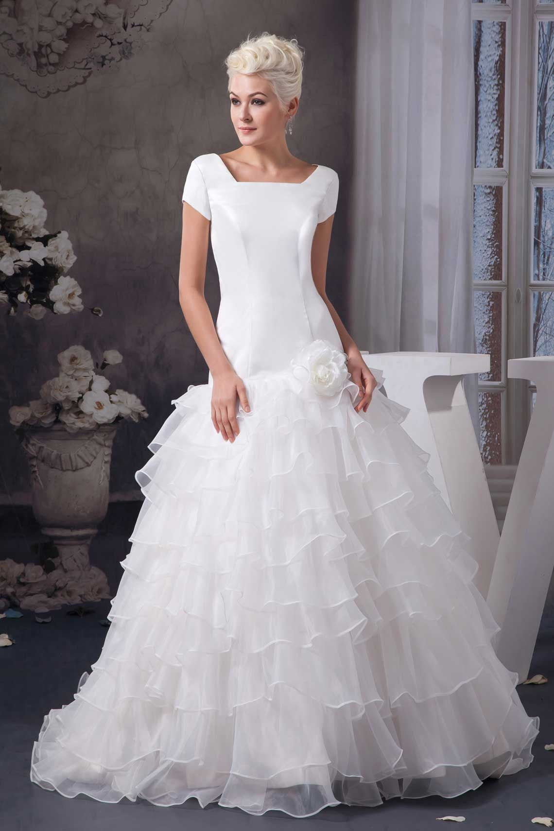 c91b8f23a0a sleeveless white zipper square dropped waist flowers tier wedding dress -  Whoboxdress.com