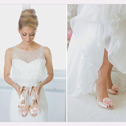 Simple Berlin Wedding Shoes Thora ES by Badgley Mischka Photographer Hochzeitslicht http