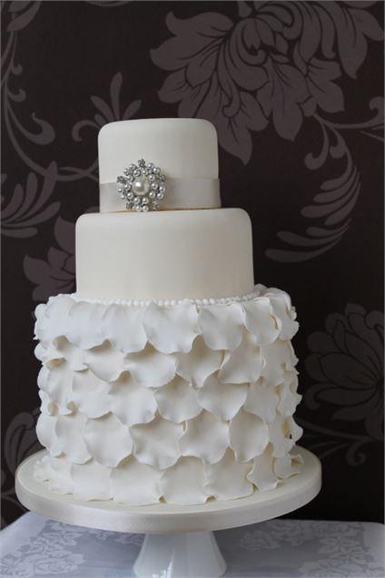 Manhattan Wedding Cake from Ivory & Rose Cake Company