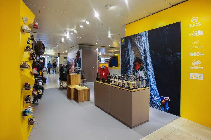 Bever shop in shop at de Bijenkorf by Hello hero Confetti Amsterdam Rotterdam