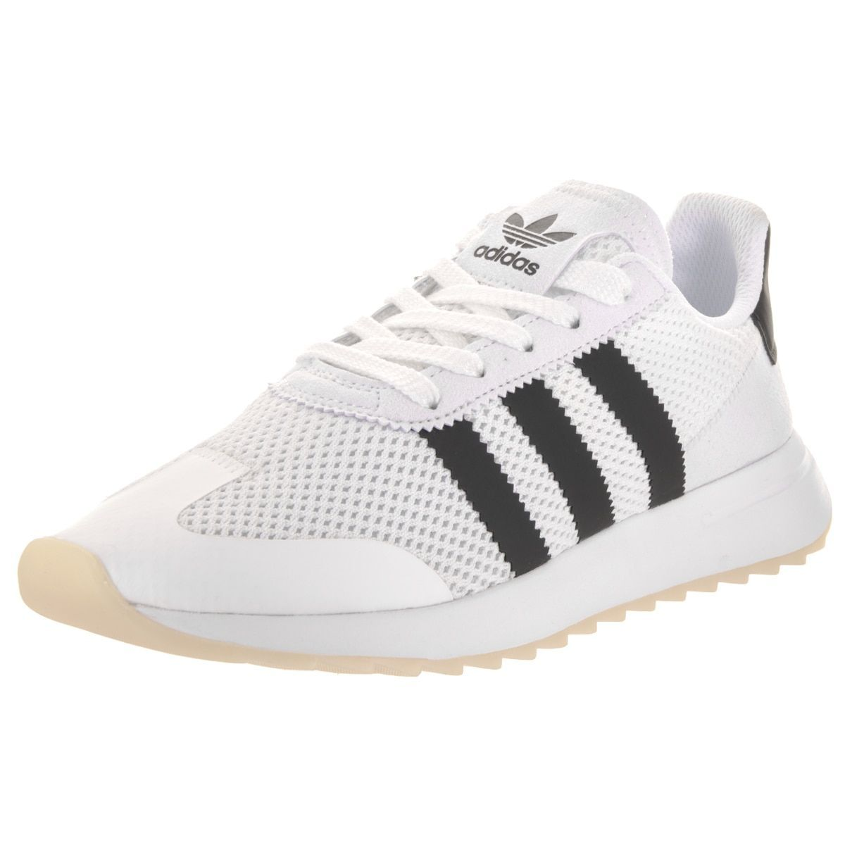 Womens Flashback Low-Top Sneakers, Ftwwht/Cblack/Ftwwht adidas