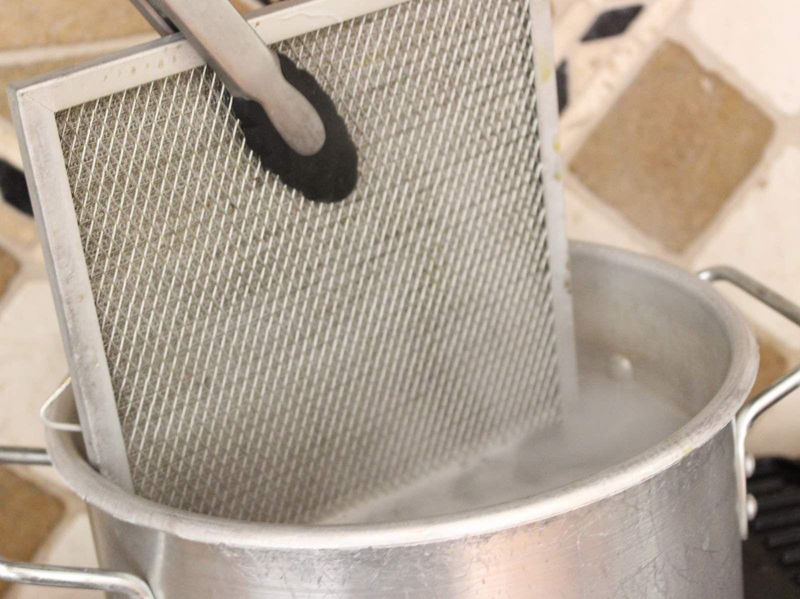 Vraag en antwoord: hoe krijg je het rooster van je dampkap schoon ...