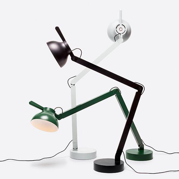 wrong.londonin PC on ranskalaismuotoilija Pierre Charpinin suunnittelema pöytävalaisin, jonka linjakas ja funktionaalinen muotoilu erottuu edukseen missä vain toimistossa.