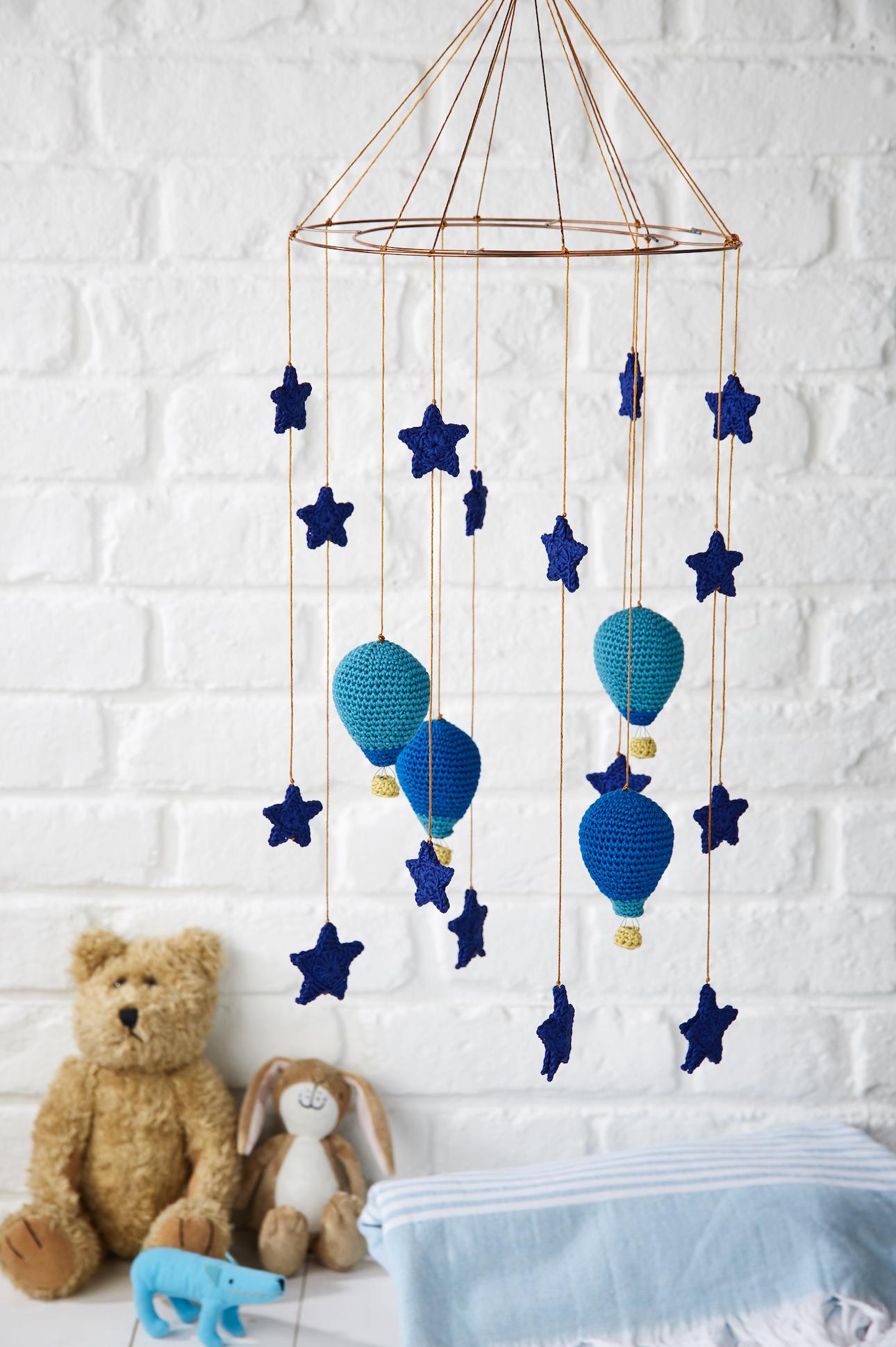 5675f86248e89 Crib Mobile (Nursery Mobile) | 2018 Crochet My Little One | Crochet ...