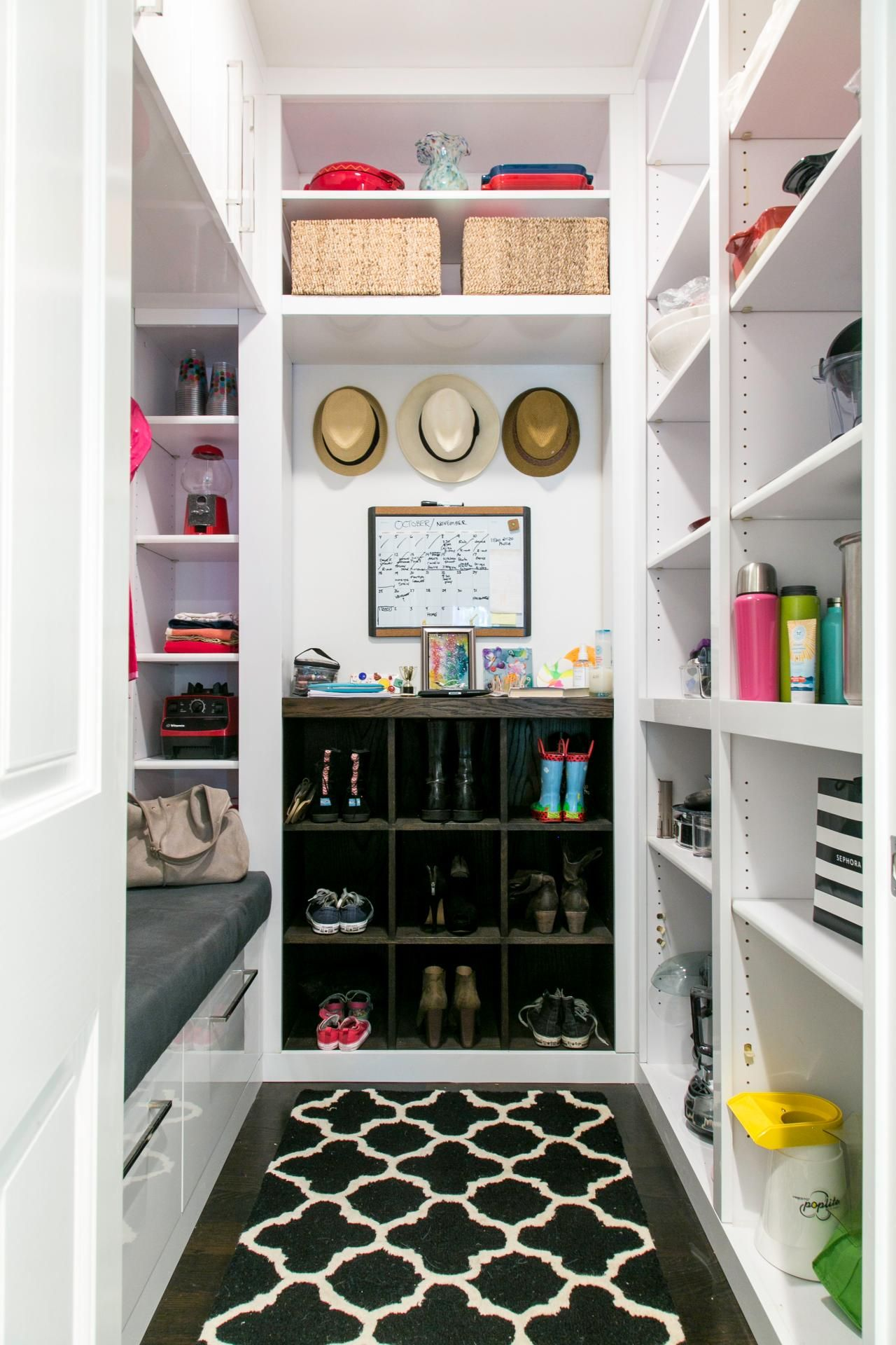 Peek Inside Actress Christina Applegates Gorgeous Kitchen Makeover With Design