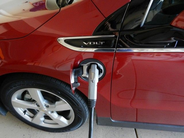 2011 Chevrolet Volt Plugged Into Coulomb Technologies 240v Wall