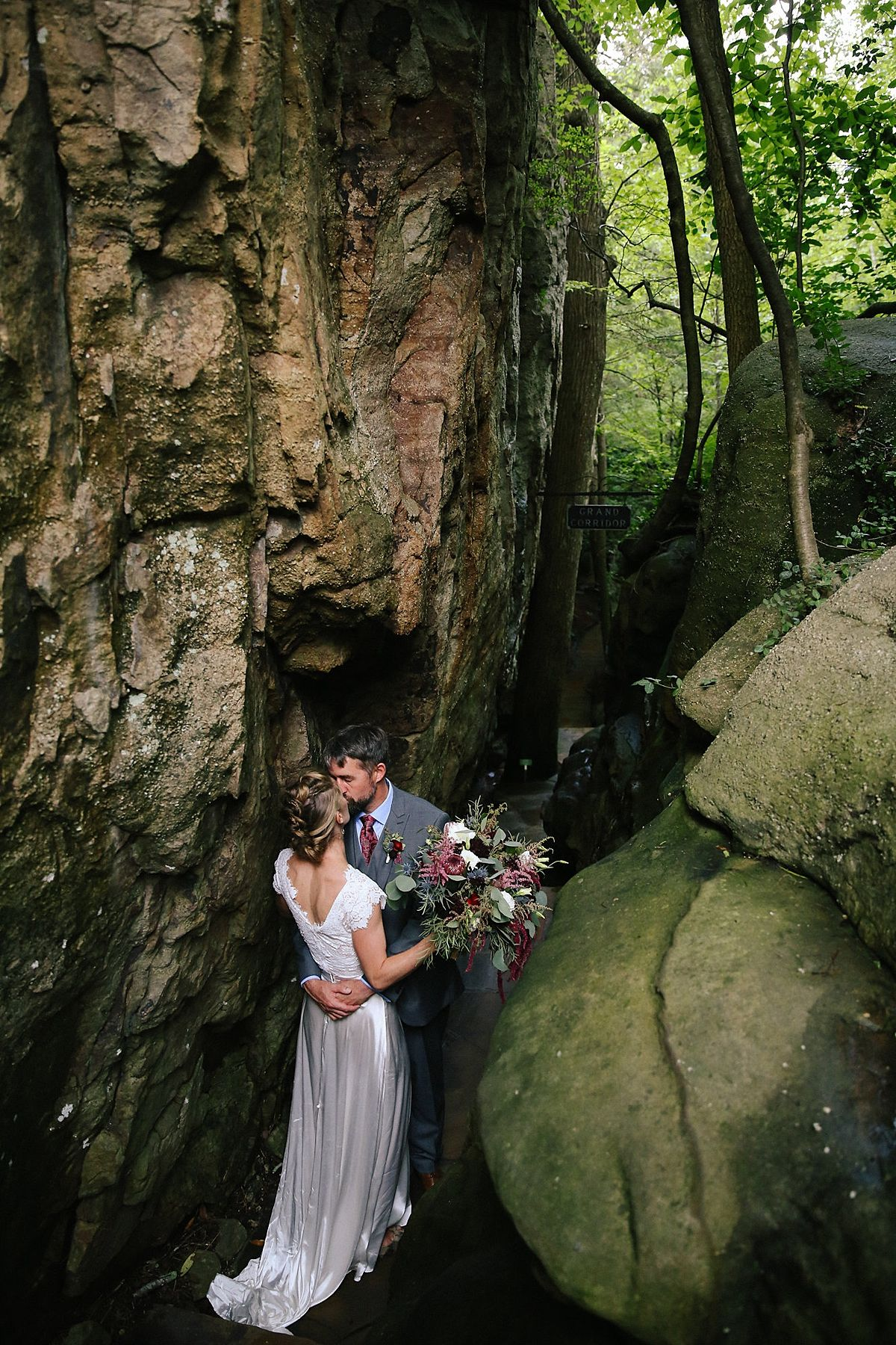 Bridal Portraits At Rock City In Chattanooga Tn
