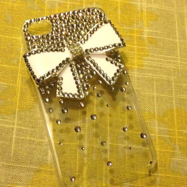 White bow iPhone case DIY