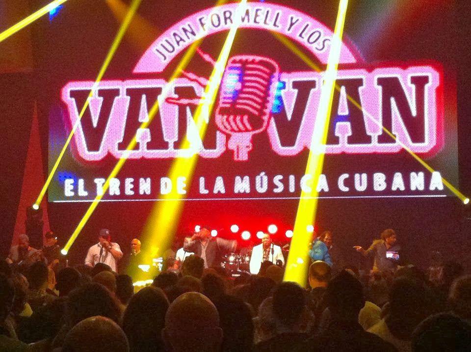 """Cubasoyyo: Los Van Van - """"Recibeme"""", """"Todo se acabò"""", """"Un ano despues"""", """"Nada diferente (Ven Ven Ven)"""" (CONCIERTO POR LOS CINCO 1 MARZO 2014..."""