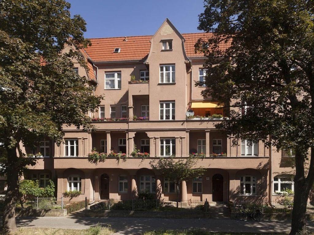 Geraumige 2 Zimmerwohnung Im Suden Berlins Zu Vermieten Style At Home Immobilie Verkaufen Und Vermietung