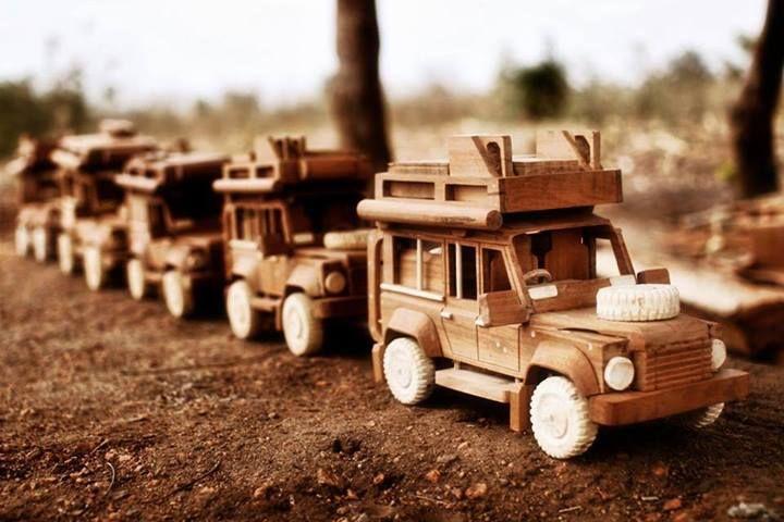 Land Rover Defender Wooden Toys